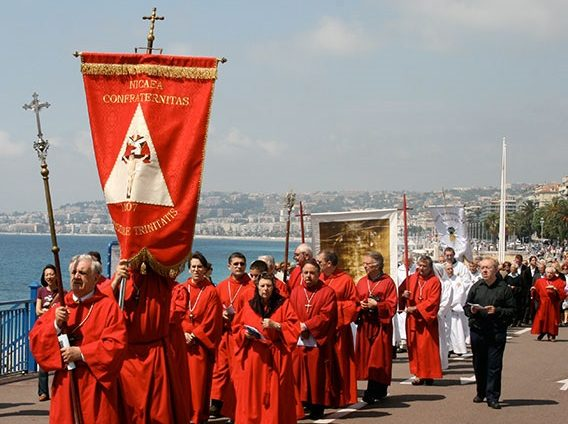 Les Penitents Rouges